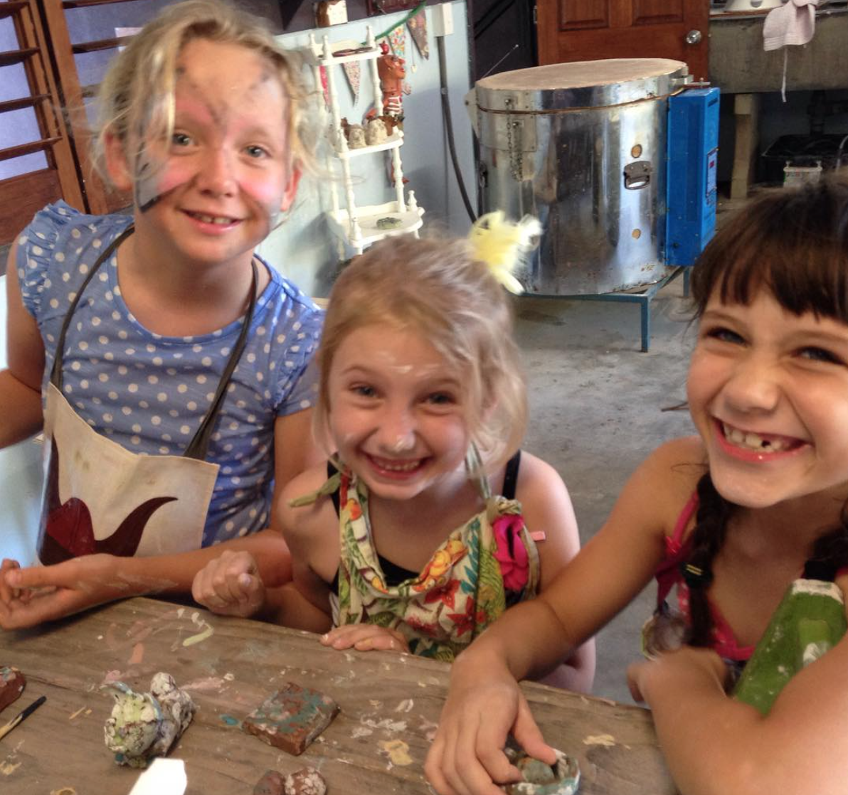kids pottery classes cairns